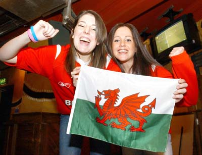 Slamtastic Welsh Heroes Make History